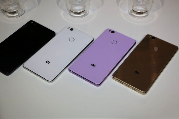 Đánh giá điện thoại Xiaomi Mi 4s (10)