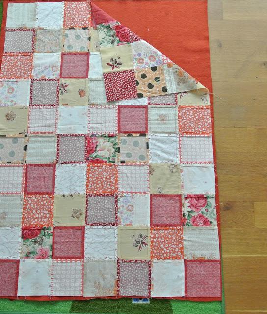 By miekk easy quilt bonus een n g makkelijkere lappendeken for Quilt maken met naaimachine