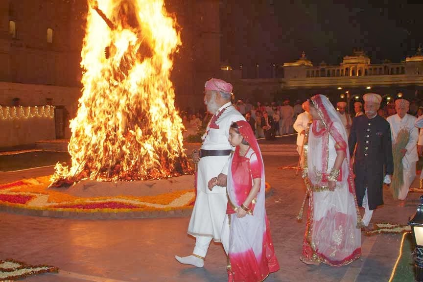 Image result for holika dahan wallpaper