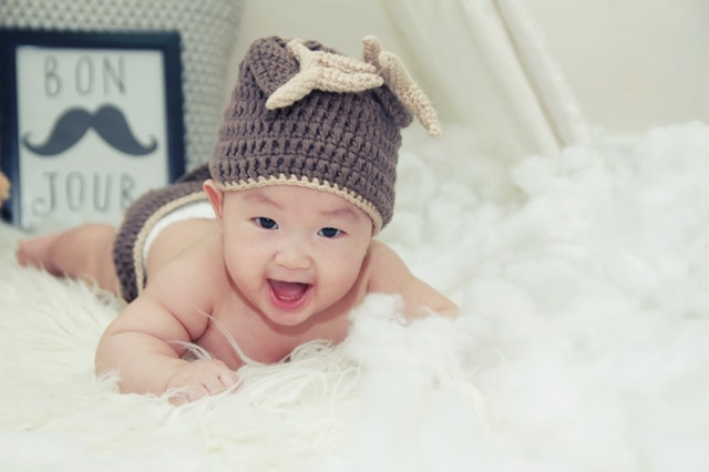smiling cute baby pics