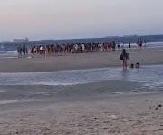 Três crianças da mesma família se afogam na Praia do Calhau em São Luís.