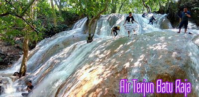 Wisata Air Terjun Batu Raja