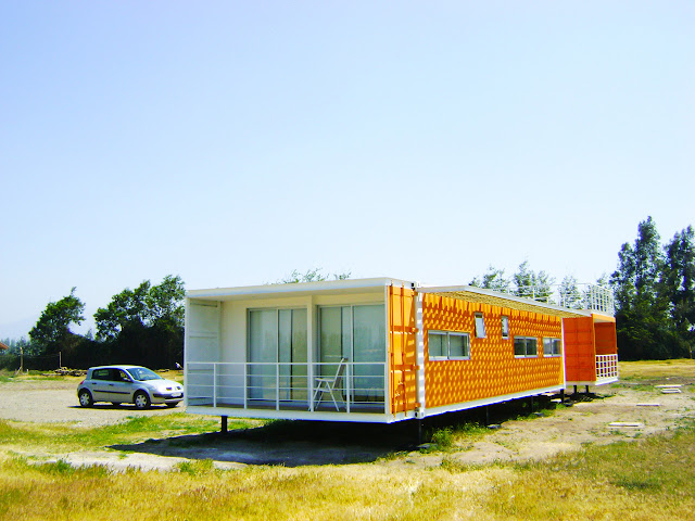 Earthquake-Resistant Modular Shipping Container Home 9
