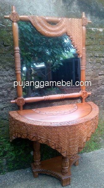 Meja Rias Motif  Batik