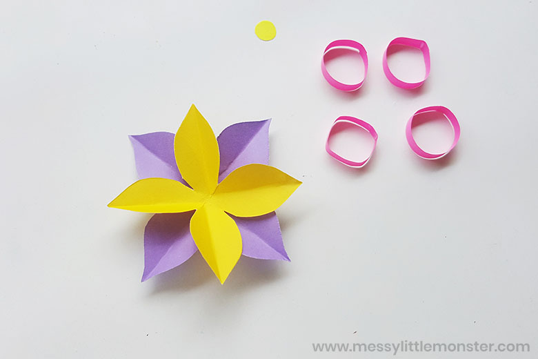 paper flower wreath craft for kids