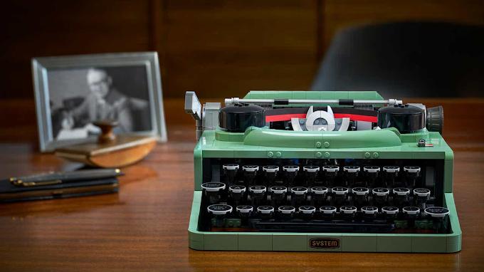 LEGO acaba de estrenar un nuevo set de máquina de escribir