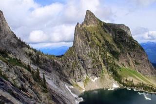 https://emanants.blogspot.com/2019/10/geants-des-montagnes.html