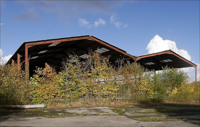 Les hangars de l'entreprise Sébilleau sont  le terrain d'expérimentation des amis du Transormateur