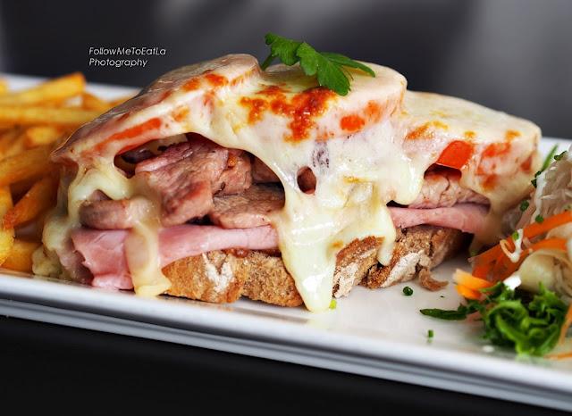 Mozzarella Pork Fillet