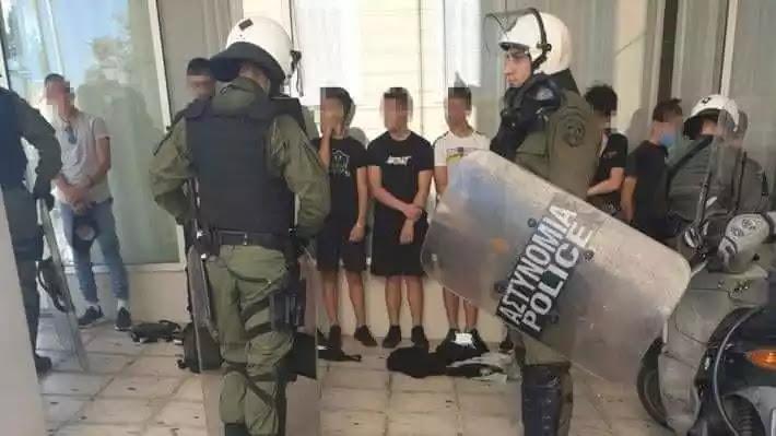 Οι  ελληνόφωνοι  εκμεταλλεύονται την σύλληψη του 14αχρονου για να μαζέψουν πρόβατα  στο μαντρί τους