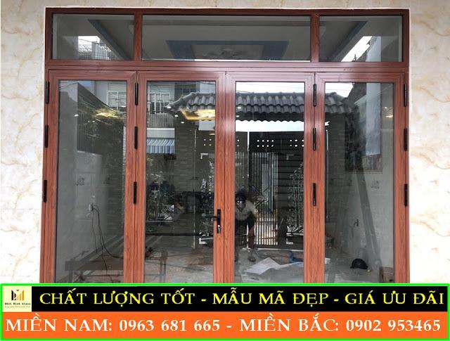 cửa nhôm vân gỗ 4 cánh