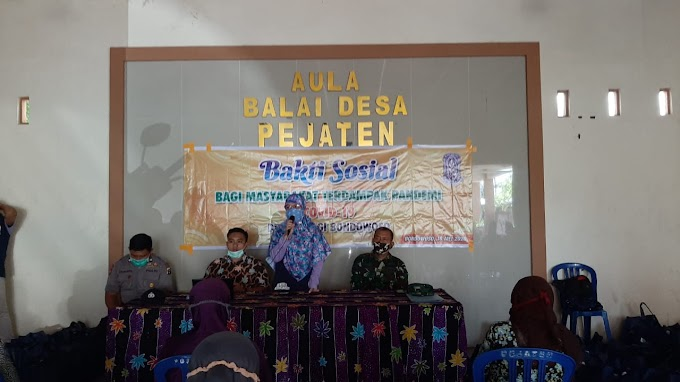 PERSATUAN AHLI GIZI INDONESIA (PERSAGI) BONDOWOSO BAGIKAN PAKET SEMBAKO WARGA TERDAMPAK COVID -19 .