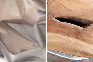 Stolek ze dřeva a kovu Reaction.