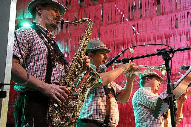 Bar au Brésil : jazz et guinguette