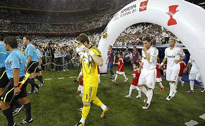 Spanish SuperCup 2011: Real Madrid vs Barcelona