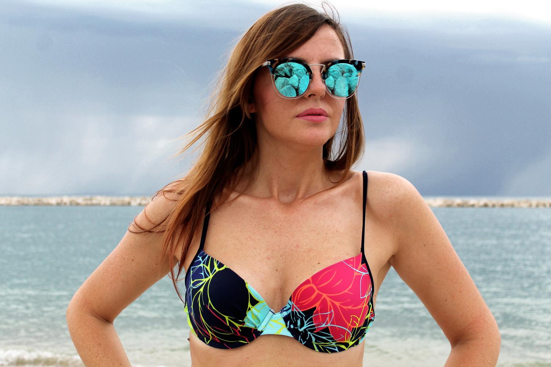 occhiali da sole specchio Ana Hickmann