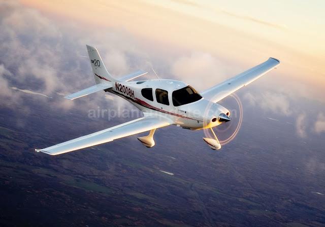 Cirrus SR20 aircraft