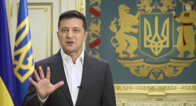 """Зеленский объявил о проведении """"консультативного опроса"""" в день выборов"""