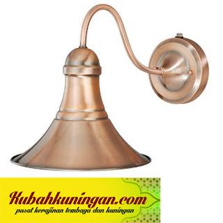 lampu tembaga, lampu tembaga boyolali, lampu tembaga jakarta, lampu tembaga jogja, lampu tembaga bali, lampu gantung tembaga, lampu dinding tembaga, kerajinan lampu tembaga, lampu hias tembaga, lampu robyong tembaga,