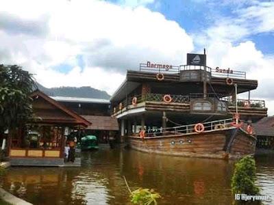 Rehat Sejenak di Darmaga Sunda