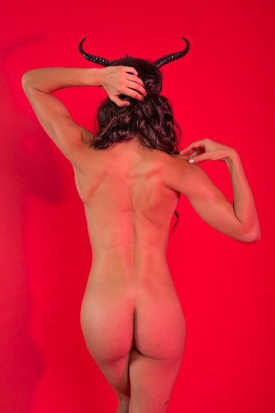 Adrienne Curry Nude Hacked Photoshoot [PART 3]