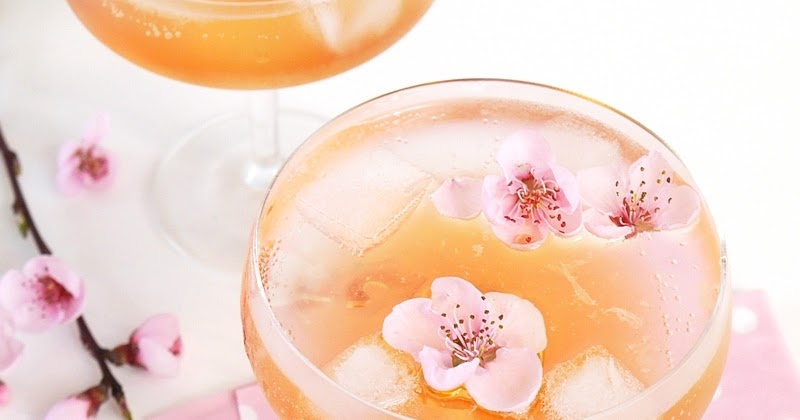 Spring Blossom Cocktail Recipe | Party Ideas | Party Printables