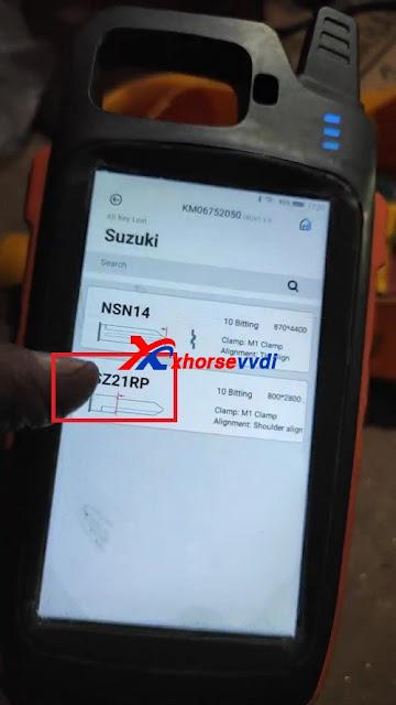 Suzuki Swift all key lost using Xhorse VVDI Key Tool Max + Dolphin XP005 04