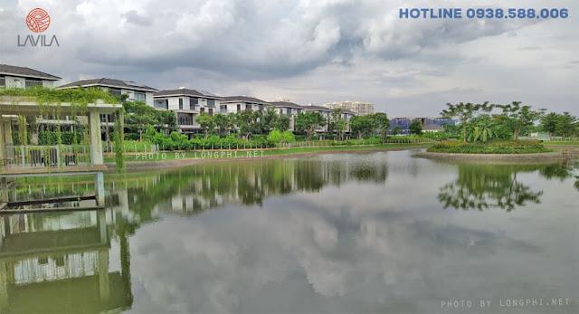 Hồ cảnh quan thực tế tại dự án Lavila Nam Sài Gòn.