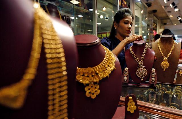 सोना चांदी की कीमतों में बड़ा बदलाव, जानें आज का भाव