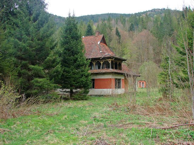 Заброшенный дом, в котором мы ночевали