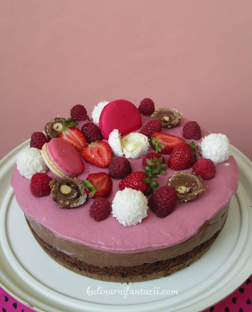 Торта брауни с малини и шоколад