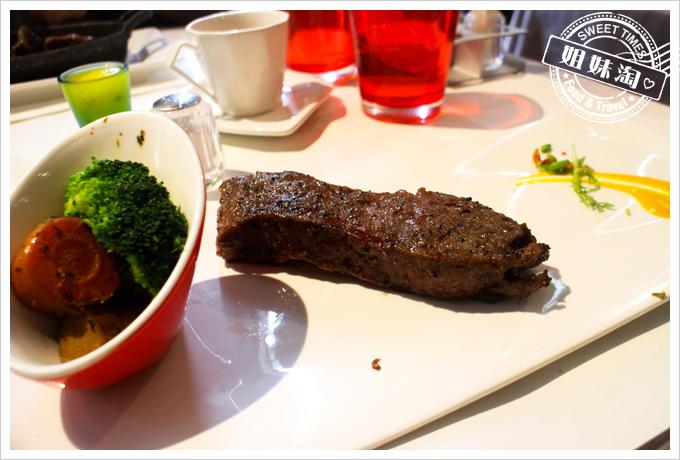 高雄西堤富國店-高級牛排中的懷念平價餐廳