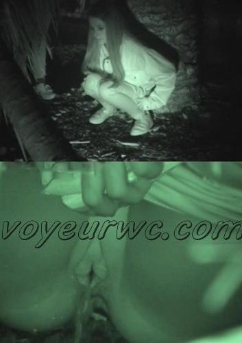 Girls Gotta Go 45 (Voyeur pee videos - Drunk spanish chicks peeing in public at festival)