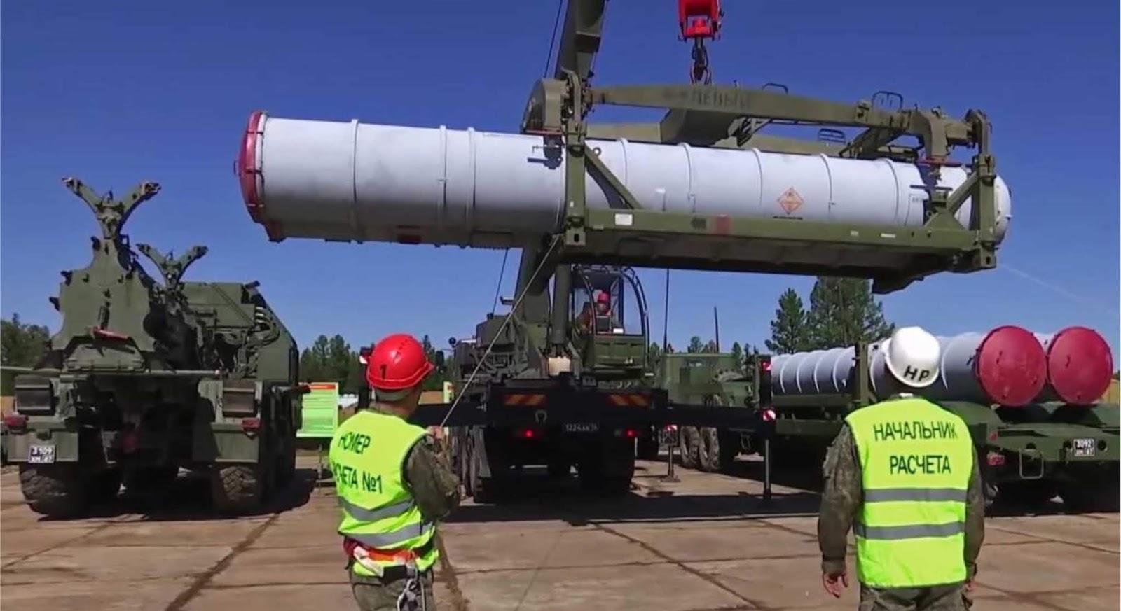 Publik Rusia sedang di hebohkan dengan sistem pertahanan udara S-700