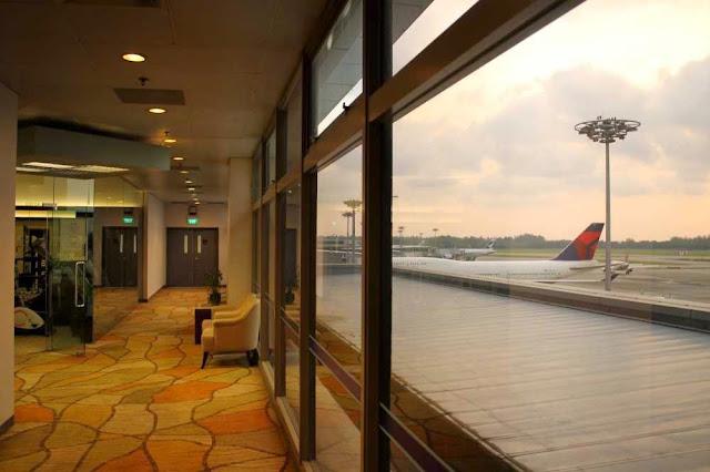 Singapore Transit Hotel