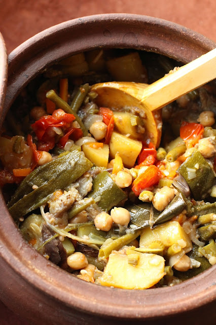 legumes mijotes en terre cuite balkans