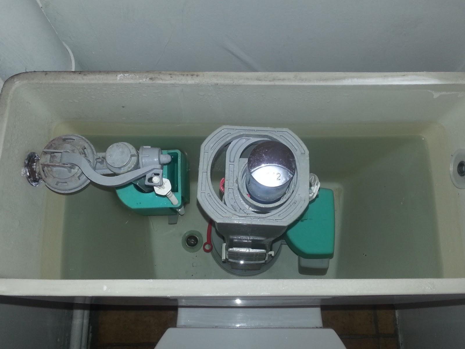 b t s r glage chasse d 39 eau wc r paration fuite sur trop. Black Bedroom Furniture Sets. Home Design Ideas