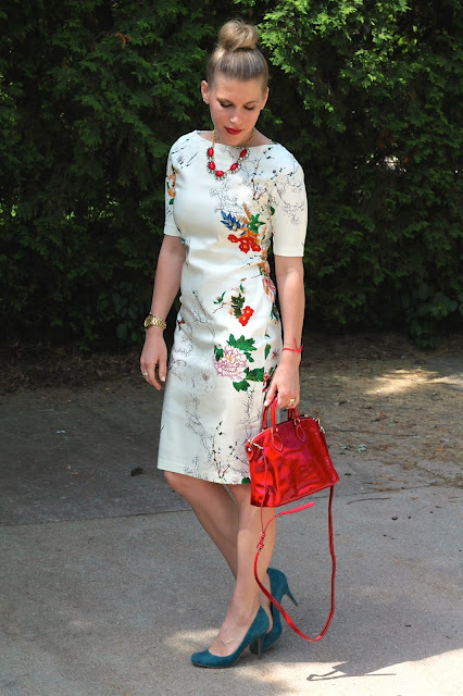 white floral sheath, turquoise teal heels, red Dooney and Burke bag, red Stella and Dot necklace