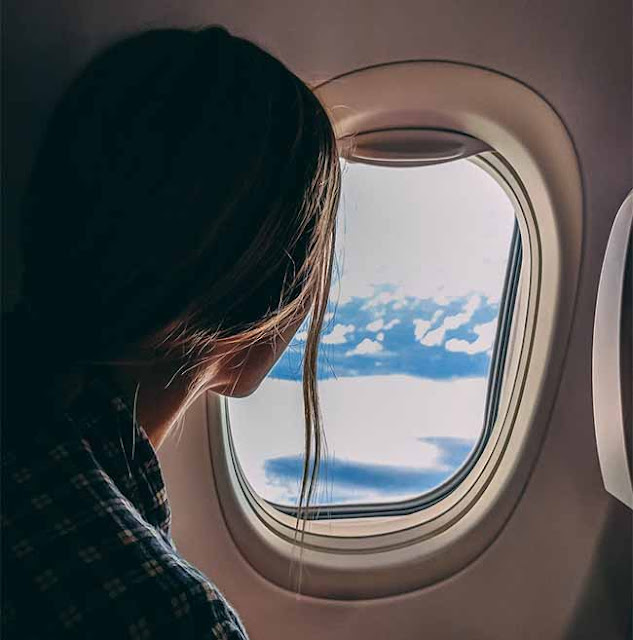 Why-are-the-windows-of-the-plane-round