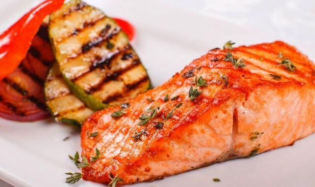 ماهي فوائد تناول السمك في رمضان