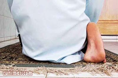 bacaan doa tahiyat awal dan akhir