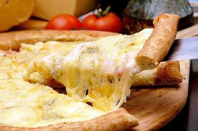pizza-de-quatro-queijos