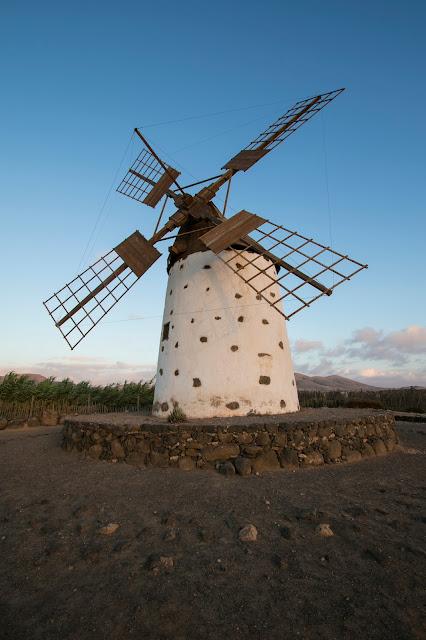 Mulino al vento a El Cotillo-Fuerteventura