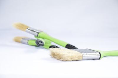 pennelli-vernice-legno-colore
