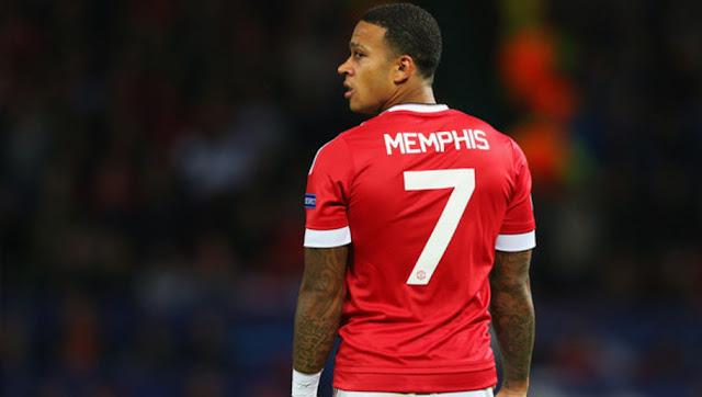 Milan Ingin Pinjam Memphis Depay Dari United