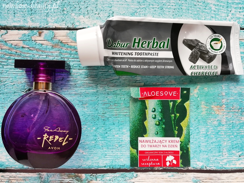 projekt-denko-blog-avon-aloesove-dabur-far-away-rebel-charcoal