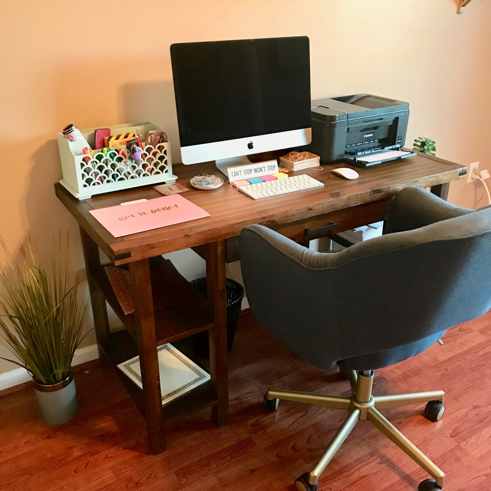 Fabulous Office Vibes Sarahbethramsey Beutiful Home Inspiration Xortanetmahrainfo
