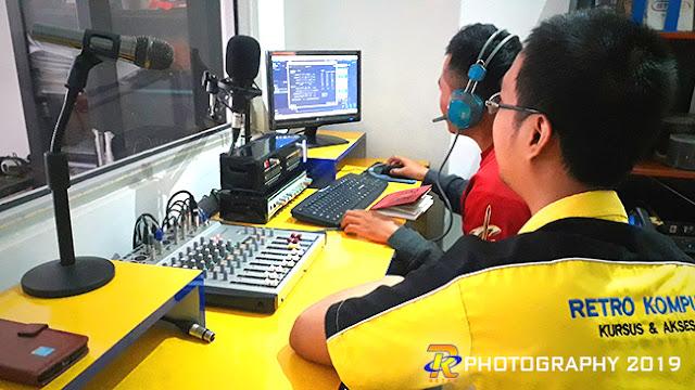 Suasana pelatihan broadcasting