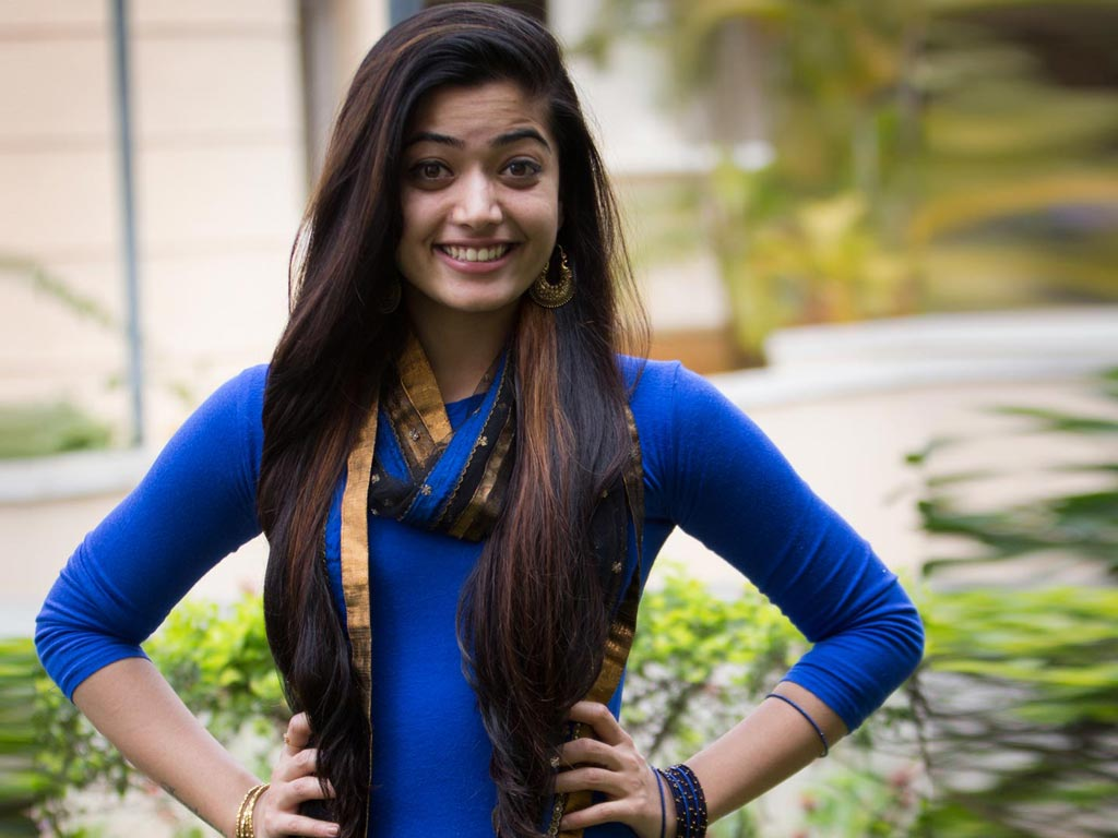 rashmika mandanna hot actress photo