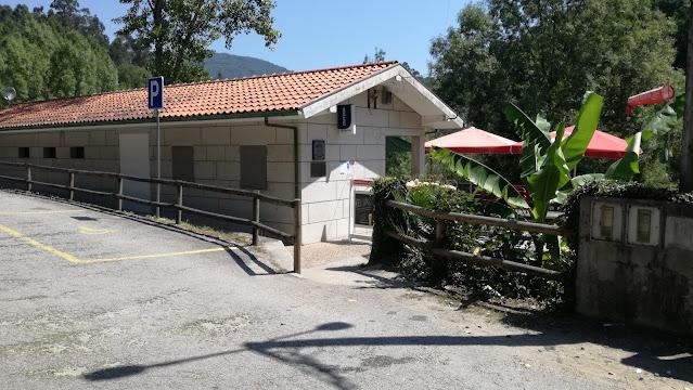 Bar da Praia Fluvial de Cavez